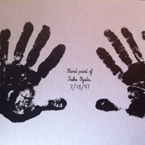 Hand Print of Taika Oyata    July-18-1997                   17'X11'       $10.